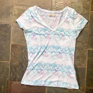 hollister v neck // pastel shirt // L